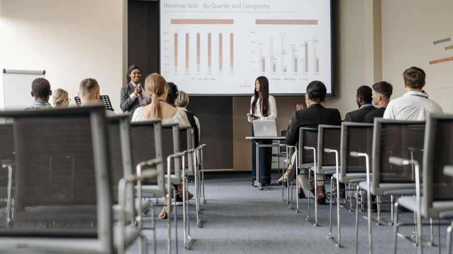 5 ways an MBA will make you more employable