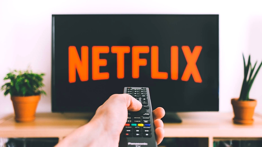 How Netflix finds innovation on the edge of chaos